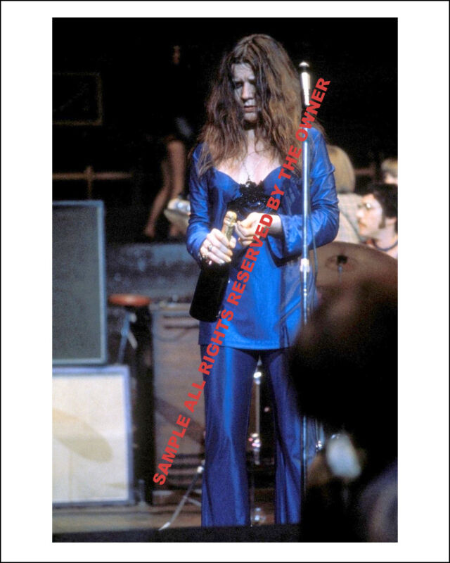 JANIS JOPLIN 1969  IN BLUE SUPERB 8 BY 10 LATE 60`s COLOR NEW ORIG