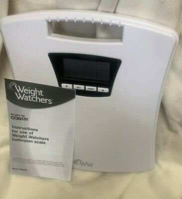 WW Scales by Conair Weight Tracker Bathroom Scale Displays Current Weight NEW
