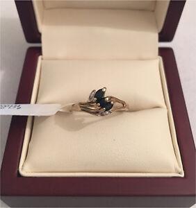 Solid 9ct Gold Sapphire Ring Mandurah Mandurah Area Preview