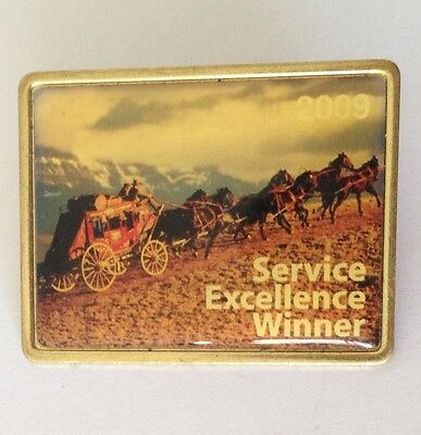 Service Excellence Winner Horse Carriage Pin Badge Vintage Original  N5