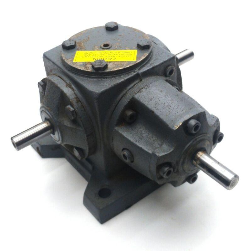 Boston Gear R131-BV1 Spiral Bevel Gear Drive, 1:1, 31 Frame, 4.2HP, 1750RPM