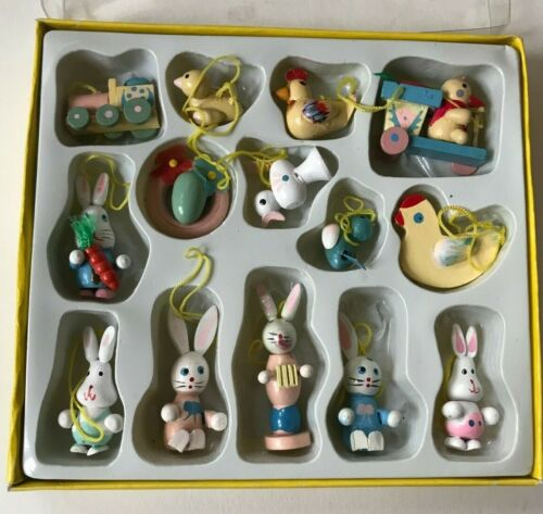 Vintage Wooden Mini Easter Ornaments Tree *Set of 14* in Box - Hand Painted
