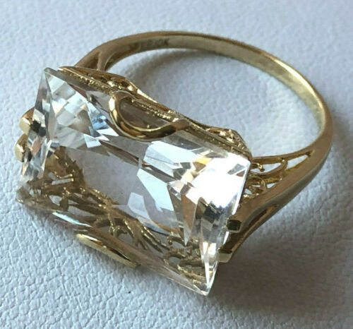HUGE VINTAGE SOLID 10K YELLOW GOLD EMERALD CUT CLEAR COLORLESS WHITE TOPAZ RING
