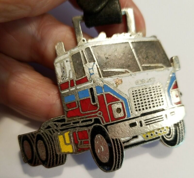 VINTAGE 1970s GMC Trucking Advertising  Enameled Fob SWINGLE TRUCKING VA.