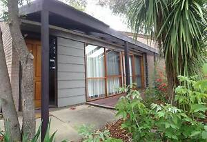 Swinger Hill Townhouse, north facing Phillip Woden Valley Preview