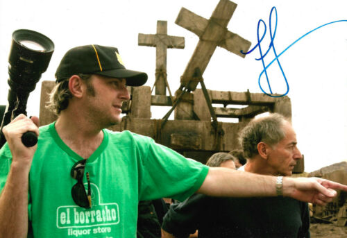 Francis Lawrence Autogramm signed 20x30 cm Bild
