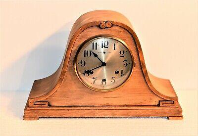 Antique Running Waterbury Clock Co. Chiming Wood Mantle Clock 4.2