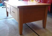 Solid Tasmanian Oak Coffee Table - As New Condition Bossley Park Fairfield Area Preview