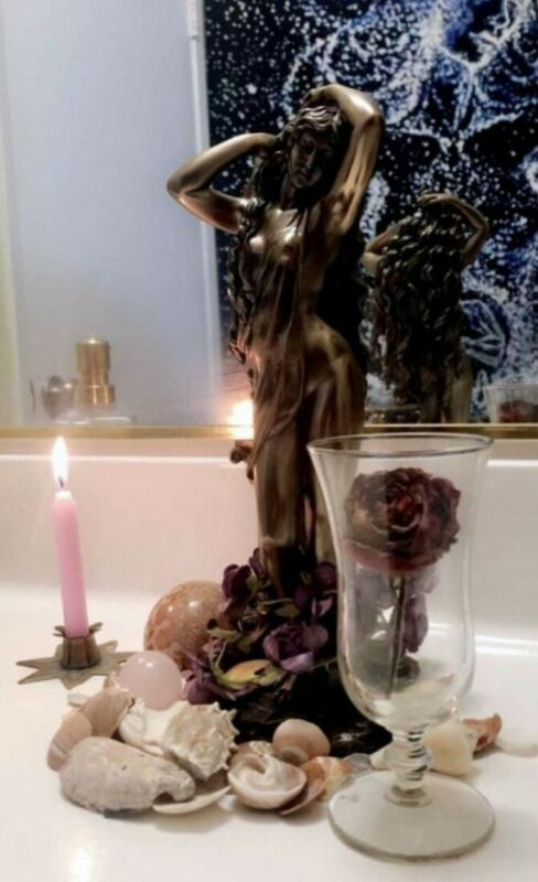San Valentin Aphrodite goddess of love