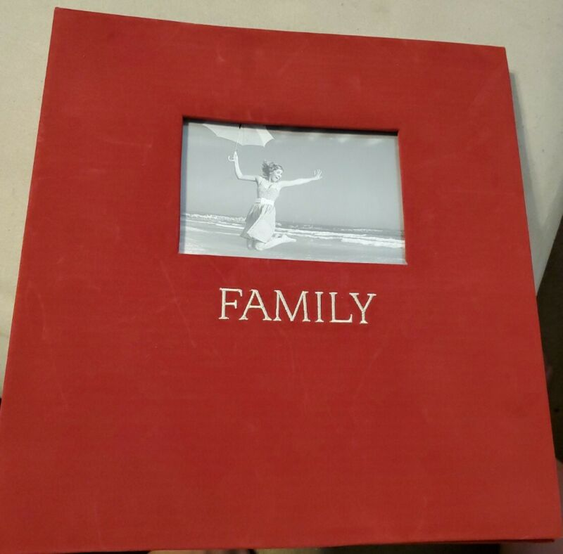 Red Velvety 4X6 Photo Album, 500 Slots