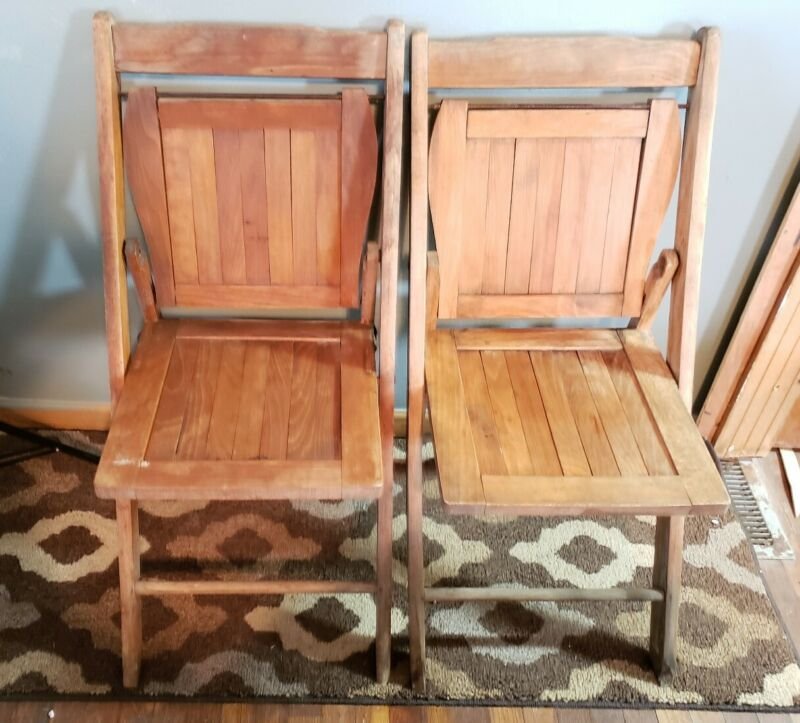 2 Vintage Wooden Folding Chairs Wood Slat Seats Pair Antique