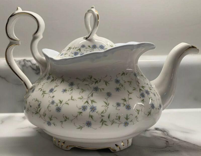 RARE Royal Albert Bone China England Beautiful Teapot CAROLINE Cottagecore