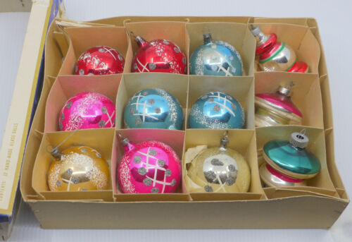 12 OLD HAND PAINTED DECORATED GLASS CHRISTMAS ORNAMENTS, CZECHOSLOVAKIA, UFO ++