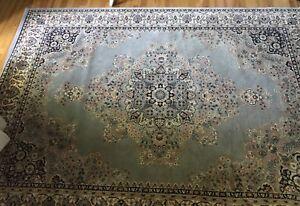 Tapis rug carpet