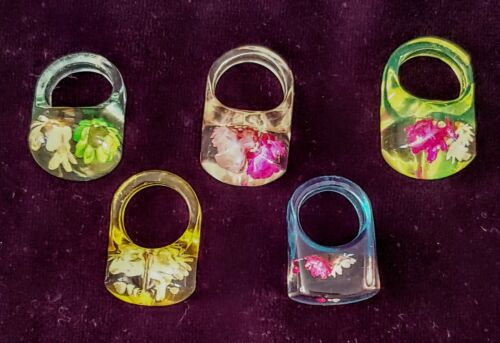 Vintage LUCITE RINGS Dried Flowers Lot of 5 Assorted Sizes, Colors and Shapes
