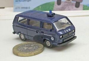 Wiking-692-1-VW-T3-Familiar-034-THW-034