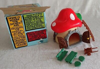 Vintage SMURF Mushroom House Cottage w BOX  Extra Pieces 1970s -