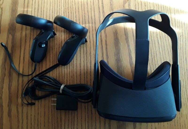 Oculus Quest 128GB VR Headset - Black Tested