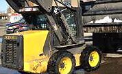 2009 L175 new holland skid steer