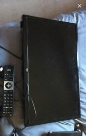 "24"" bush tellly and dvd combo, only 2 years old,"