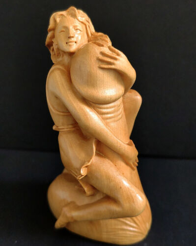 CC001 - 8X4X3 CM Hand Carved Boxwood Figurine Netsuke -  Lady and Ding Ding EROT