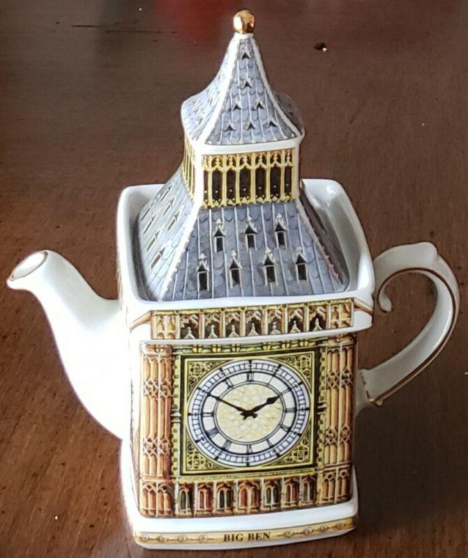 "Pre-Owned James Sadler England ""Big Ben"" Teapot -2pc"