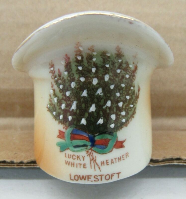 Lowestoft Porcelain Hat LUCKY WHITE HEATHER