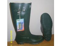 Rubber wellingtons size 7 8 9 and 10 BNIB only £10 pair
