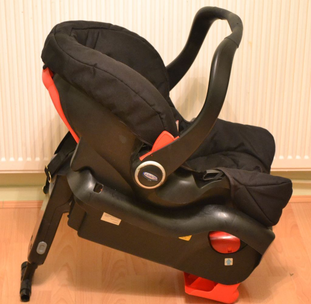 used graco tri logic car seat with base very good condition in ilford london gumtree. Black Bedroom Furniture Sets. Home Design Ideas