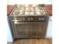 Nearly New Baumatic Gas Range cooker worth over £950 selling for £475 under manufacturers warranty