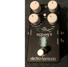 Electro harmonix Oceans 11 guitar reverb pedal boxed