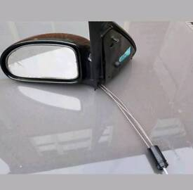 Ford focus left hand side manual wing mirror unit
