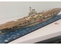 1939 HMS Ark Royal British Navy Aircraft Carrier 1:700 Model Kit Aoshima 010235