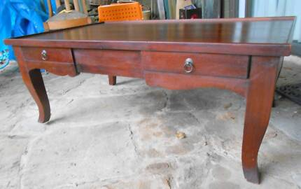 MAHOGANY COFFEE TABLE  W/4 DRAWERS       pick up from Bronte Bronte Eastern Suburbs Preview