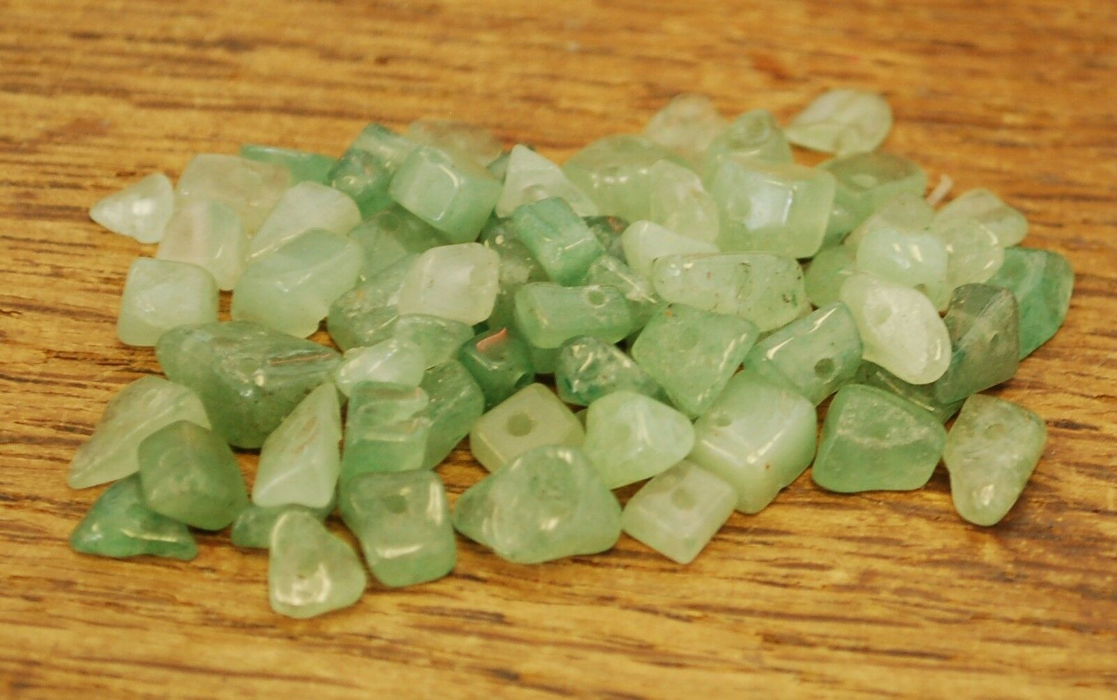 """GREEN AVENTURINE SMALL TUMBLE CHIP BEADS - 50 BEADS or 36"""" STRING"""