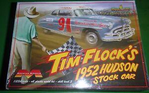 MOEBIUS 1952 HUDSON HORNET NASCAR Model Car Mountain KIT TIM FLOCK htf 1/25 fs