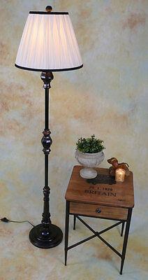 Stehlampe Lampe Stehleuchte Stoffschirm klassisch antik Look edel PQ002-a