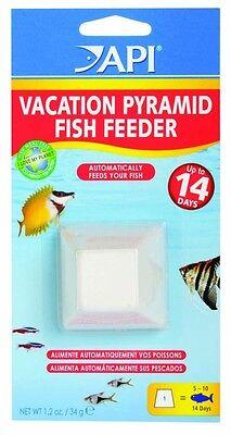 - API 14 Day Dissolving Pyramid Block Fish Food Vacation Feeder Aquarium