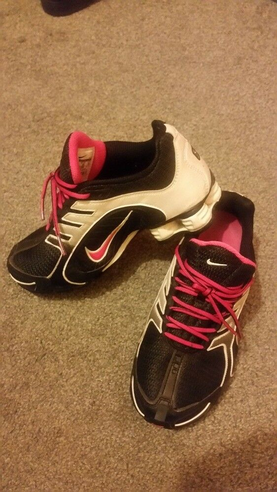 BIG SALE!!! Women s trainers Nike SHOX UK 4 f3ab8782e5