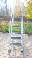 CUTTERMAN STEPMASTER MOBILE ROLLING LADDER