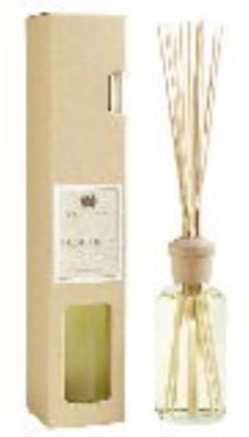 FRESH LINEN Hillhouse Naturals Reed Diffuser 8 oz (Fresh Linen Reed Diffuser)