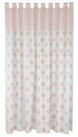 Lollipop Lane Upsy Daisy curtains & lightshade