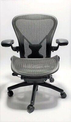 Herman Miller Aeron Mesh Chair Medium B Fully Adjustable Posture Fit Black Mesh