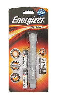 Energizer Metall LED Taschenlampe 2 Aa inklusive Batterien - 50 Lumens Schlagzäh 2aa Energizer