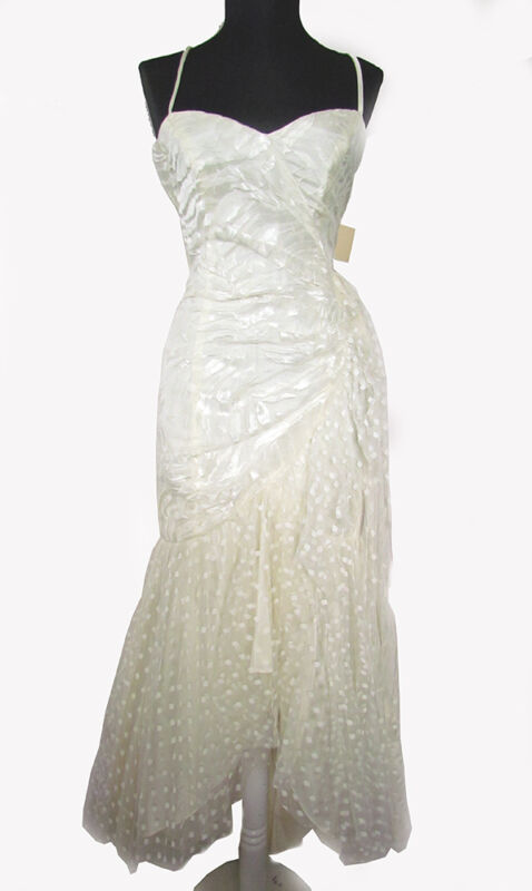 1980's Vintage Ivory Satin & Lace Overlay Mermaid Gown   Dress Size 5   USA Made