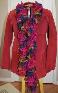 GREAT GIFT IDEA! BEAUTIFUL 'RUFFLE' HANDKNIT SCARVES -