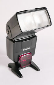 Canon 550EX SpeedLight - Suitable for EOS Cameras