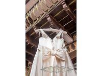 Sassi Holford Wedding Dress Size 10-12