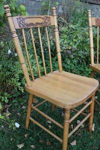 chaise antique pressback