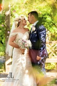 Professional wedding photographer - Beautiful images & Wedding albums